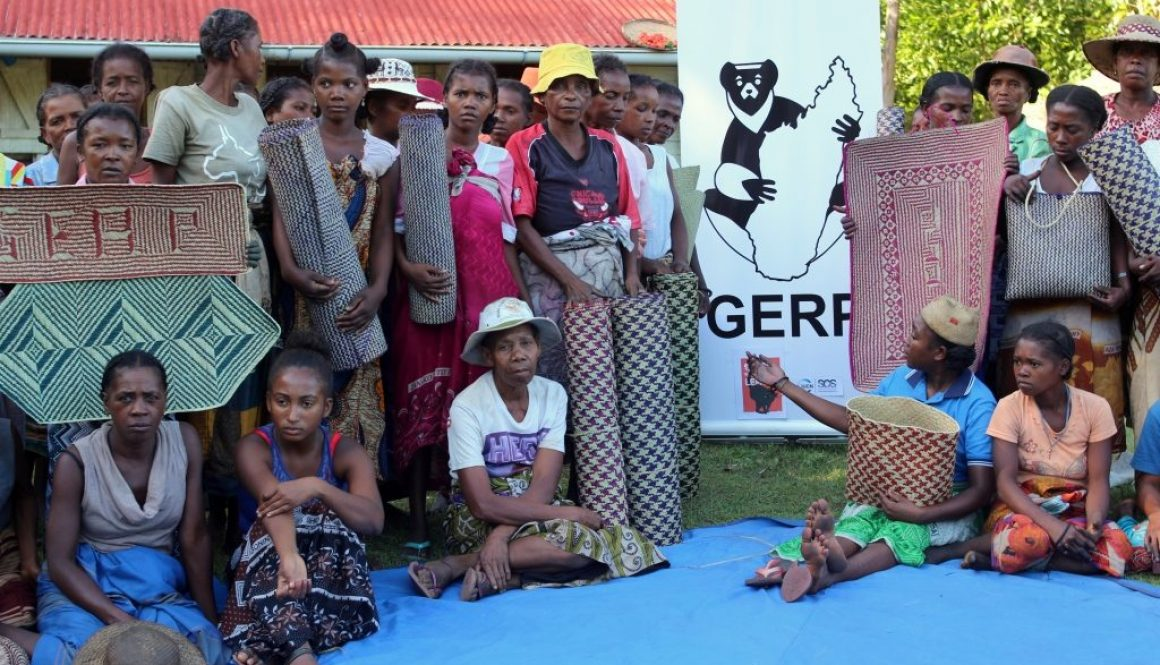 How women weaving in Manombo are helping save lemurs